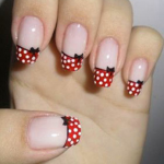 uñas-con-puntos-pin up